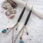 Raven Queen long dangle chain earri..